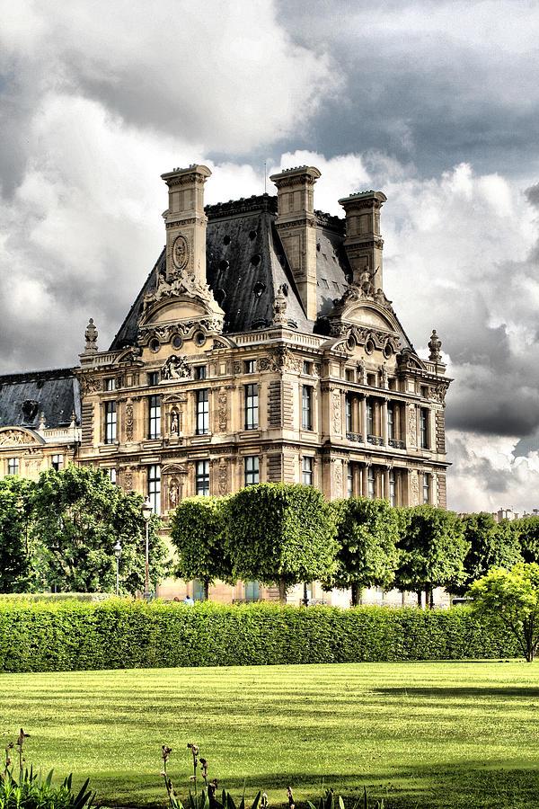 Paris Photograph - Le Musee Du Louvre by Greg Sharpe