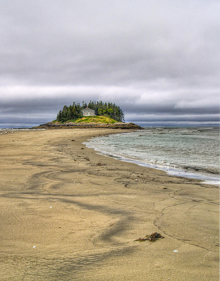Hdr Photograph - Low Tide In Popham Beach Maine by Tammy Wetzel