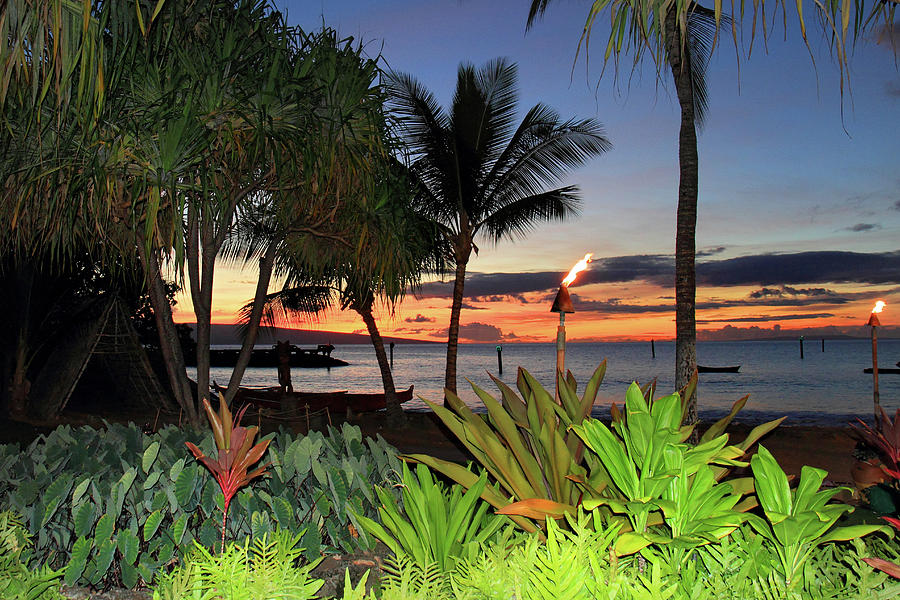 Luau Photograph - Luau Sunset Maui by Pierre Leclerc Photography