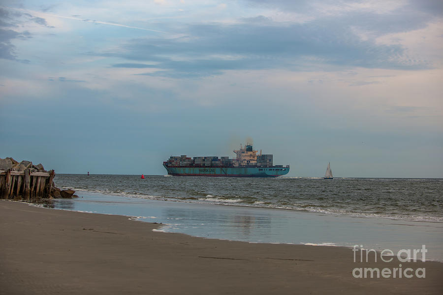 Maersk Duisburg Leaving Charleston Photograph