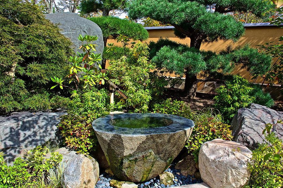 Main gate water basin in japanese garden in meijer gardens - Japanese garden water basin ...