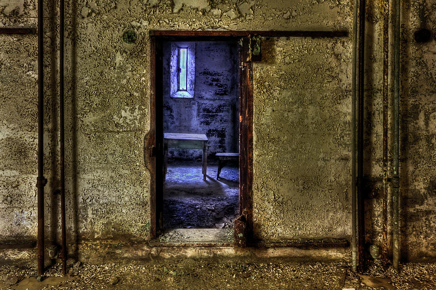 Room Photograph - Memories From The Room by Evelina Kremsdorf