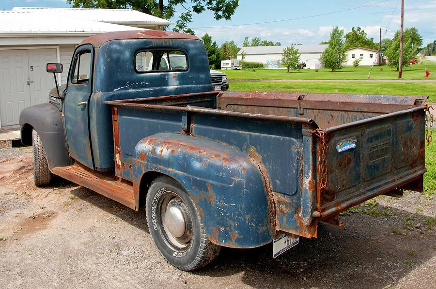 Antique Car Photograph - Mercury 2236 by Guy Whiteley