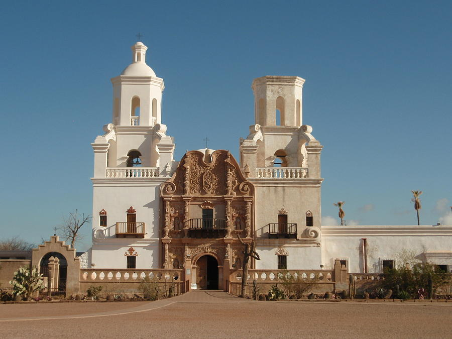 an introduction to mission san xavier del bac Sitting just south of tucson near the airport, mission san xavier del bac (known as the white dove of the desert) is a stunning example of 18th-century architecture.