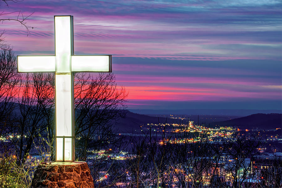 Mt Sequoyah At Sunset - Fayetteville Arkansas Photograph