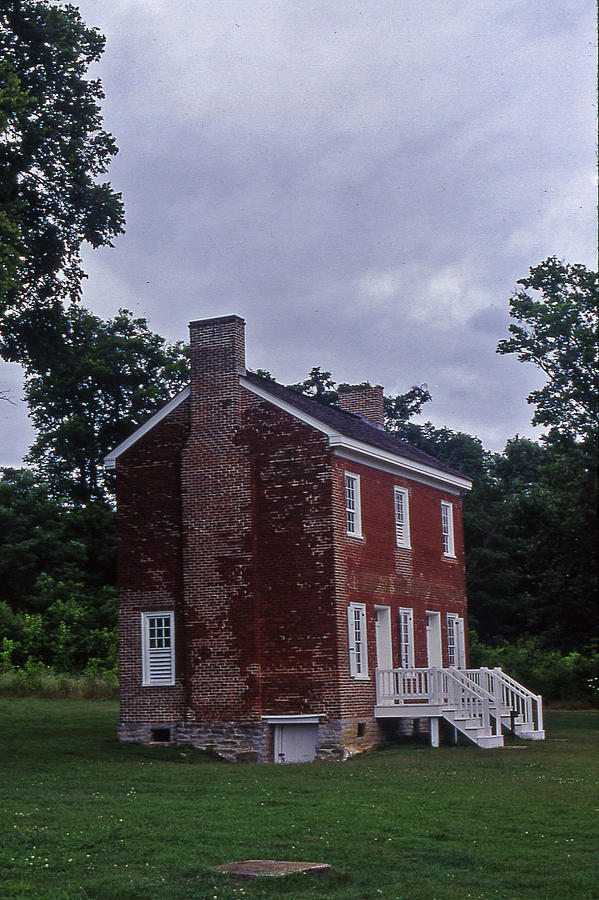 Tennessee Photograph - Natchez Trace Gordon House - 3 by Randy Muir