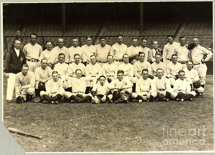 Baseball Photograph - New York Yankees Baseball Team Posed by Pg Reproductions