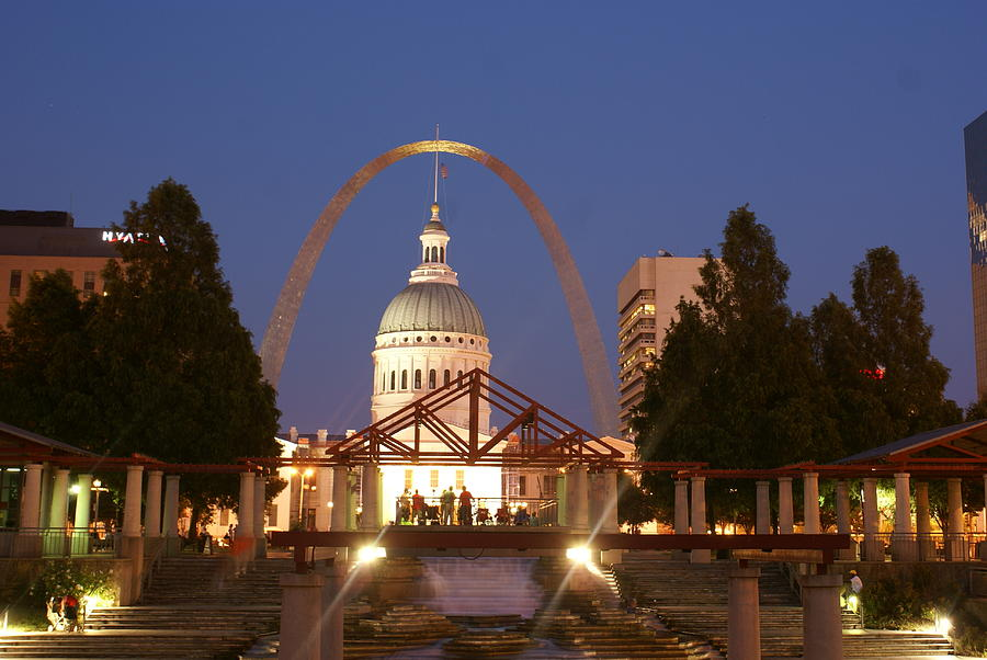 Saint Louis Photograph - Nighttime At The Arch by Marty Koch