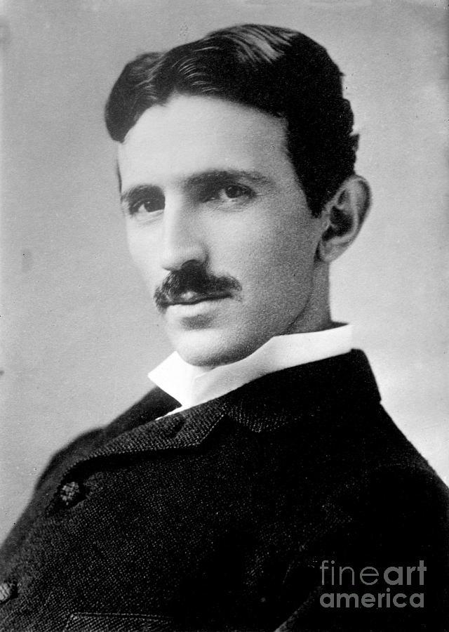 Nikola Tesla: History's Most Productive Virgin