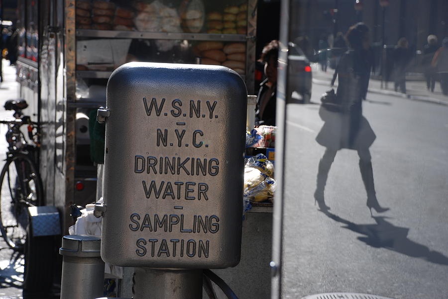 Street Scene  Photograph - Nyc Drinking Water by Rob Hans