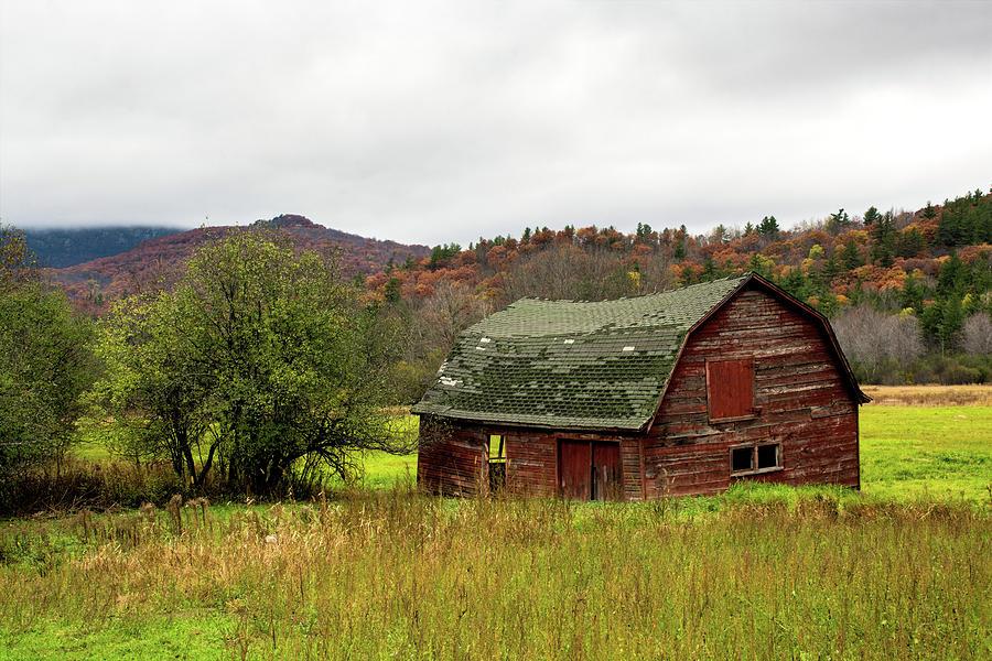 Barn Photograph - Old Red Adirondack Barn by Nancy de Flon