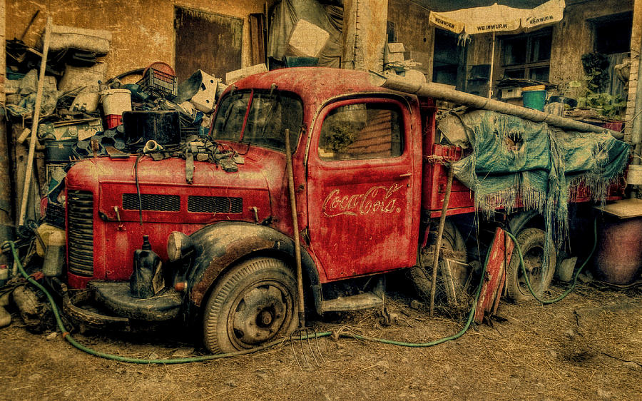 Old Vintage Coca Cola Truck Mixed Media By Design Turnpike