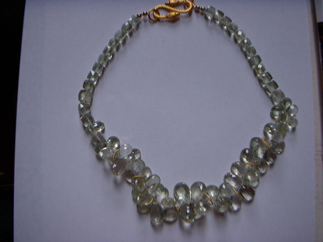 Pale Green Amethyst And Gold Necklace Jewelry