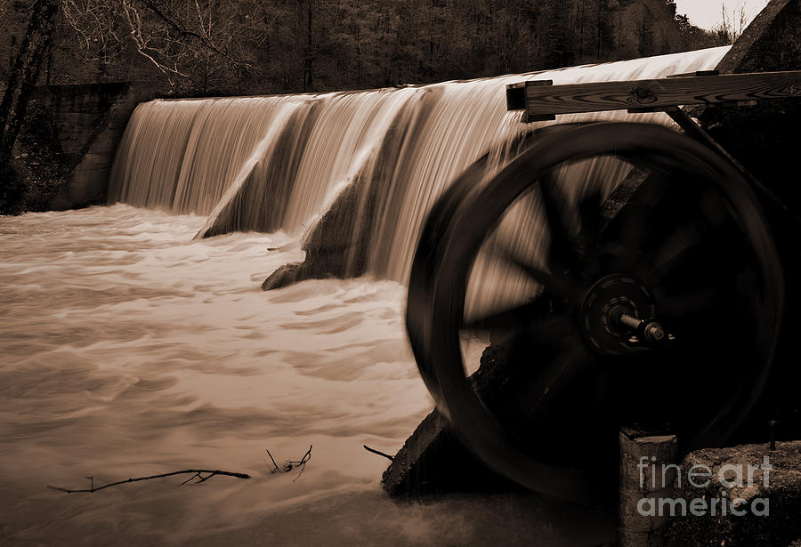 Arkansas Photograph - Panther Valley Water Wheel by Fred Lassmann