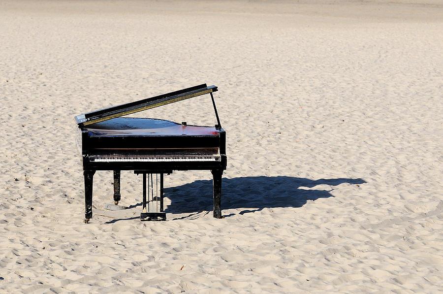 Horizontal Photograph - Piano On Beach by Hans Joachim Breuer