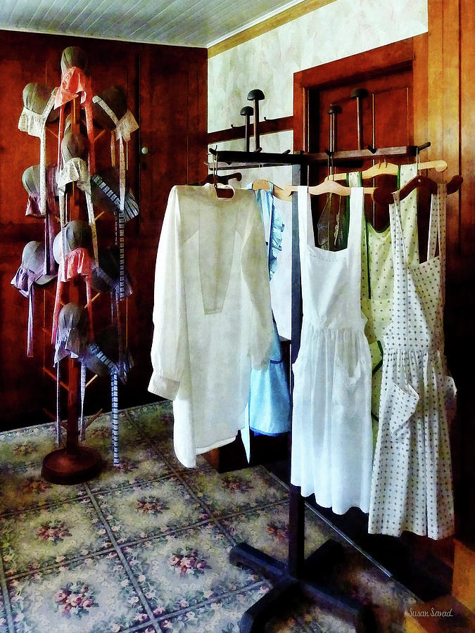 Pinafore Photograph - Pinafores And Bonnets In General Store by Susan Savad