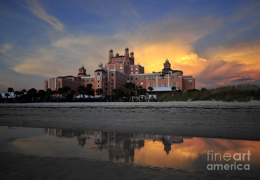 Don Cesar Hotel Florida Photograph - Pink Reflections by David Lee Thompson