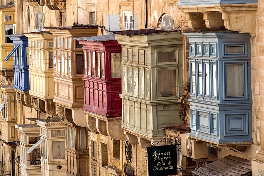Traditional maltese wooden balconies photograph by focus fotos for Traditional balconies