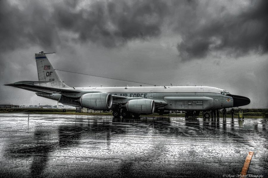 Rc-135vw Photograph - Rc-135vw by Ryan Wyckoff