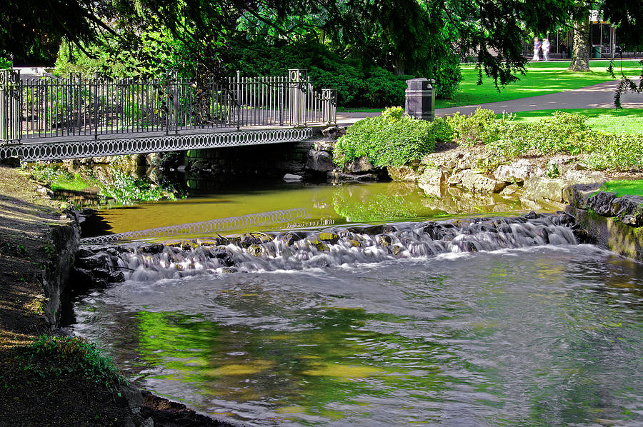 River Wye Through Buxton Pavilion Gardens Photograph