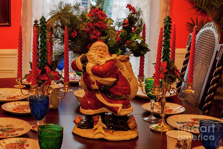Santa Claus Dining Photograph