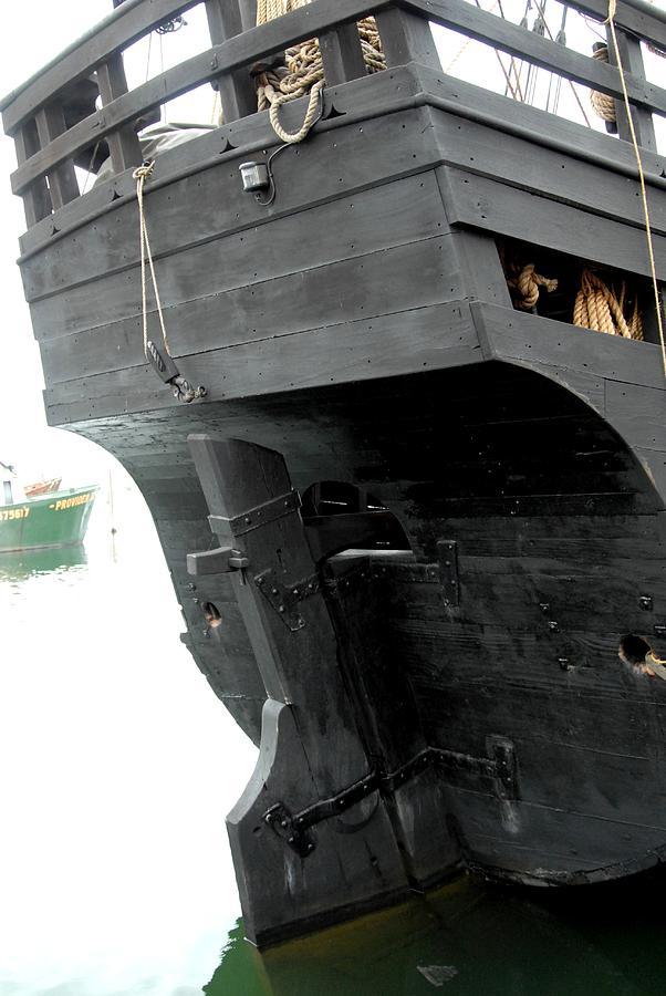 Ship 9 Photograph