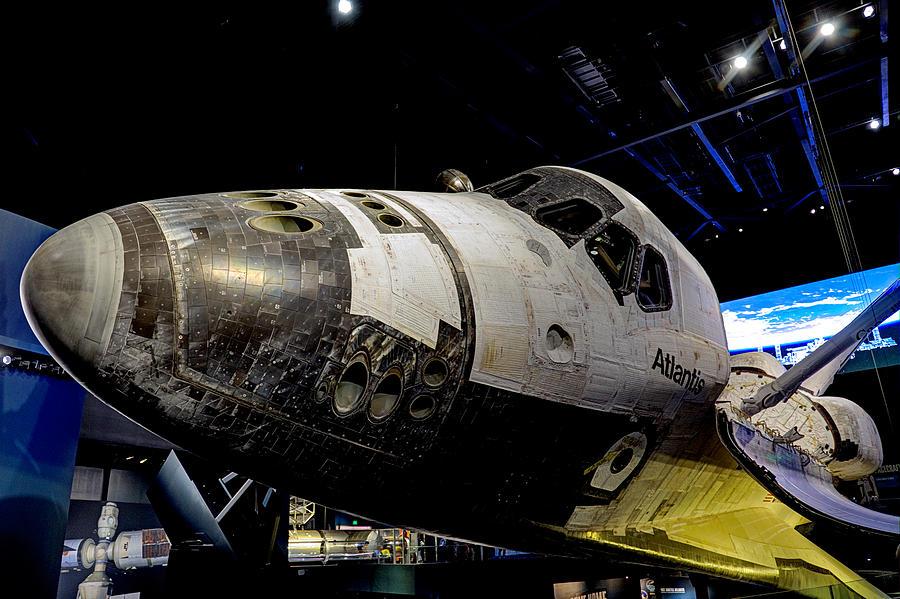 Space Shuttle Atlantis-2 Photograph