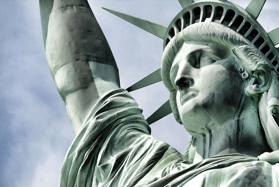 Statue Of Liberty Painting - Statue Of Liberty 2 by Lanjee Chee
