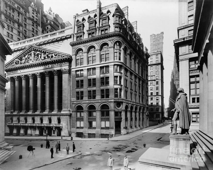 1908 Photograph - Stock Exchange, C1908 by Granger