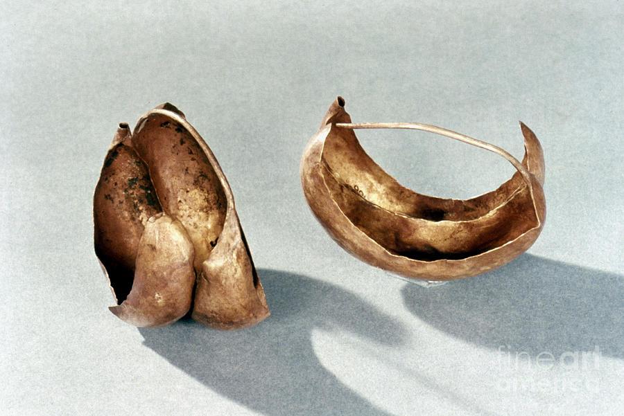 2500 B.c. Photograph - Sumerian Jewelry by Granger