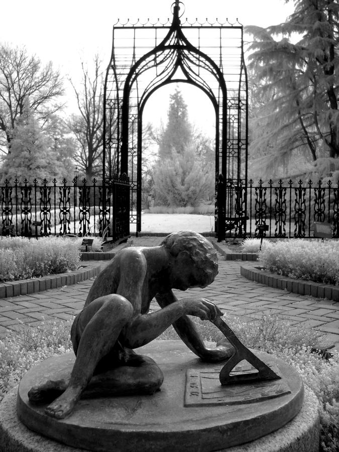 Black And White Photograph - Sundial by Jane Linders