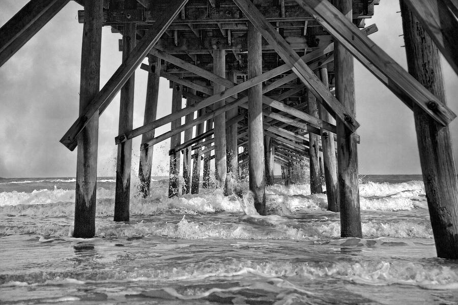 Jolly roger pier a dreamer 39 s day photograph by betsy knapp for Surf city pier fishing report facebook
