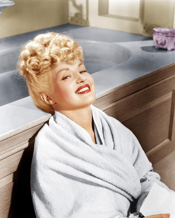 1940s Portraits Photograph - Sweet Rosie Ogrady, Betty Grable, 1943 by Everett