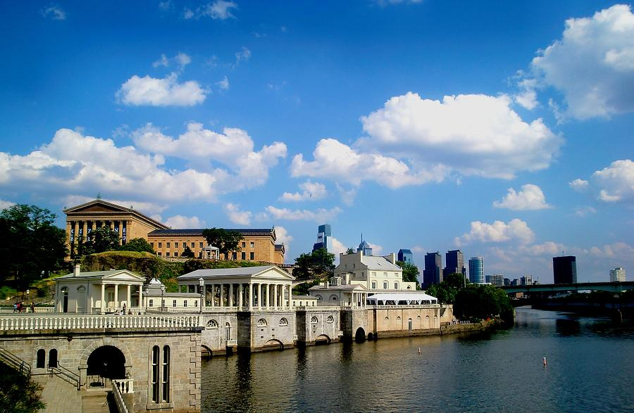 Philadelphia Skyline Photograph - The Art Museum by Andrew Dinh