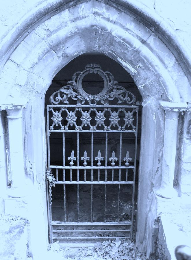 Cemetary Photograph - The Entrace by Heather L Wright
