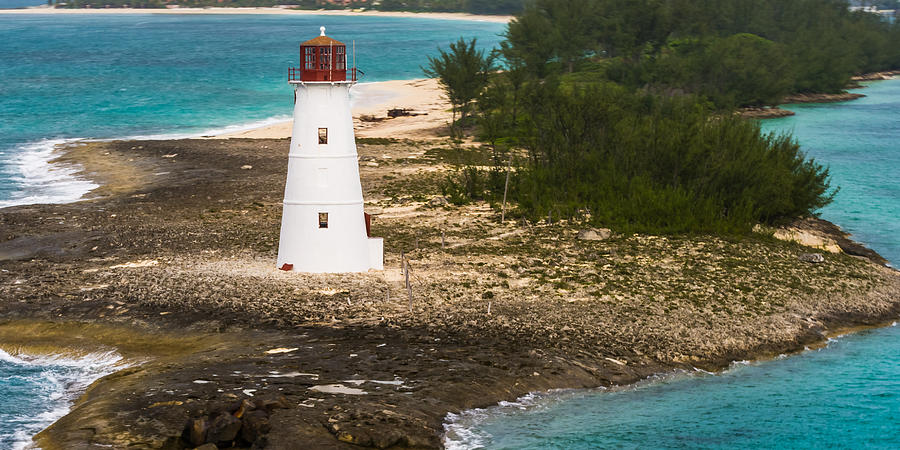 The Nassau Harbor Light Photograph