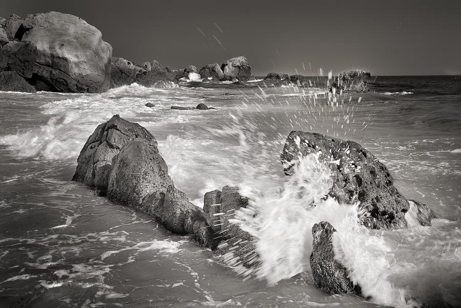 Monochrome Photograph - The Wave by Guido Montanes Castillo