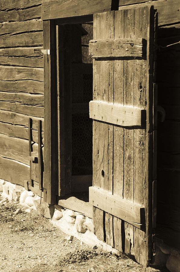 Through The Barn Door Photograph By Deb Barchus