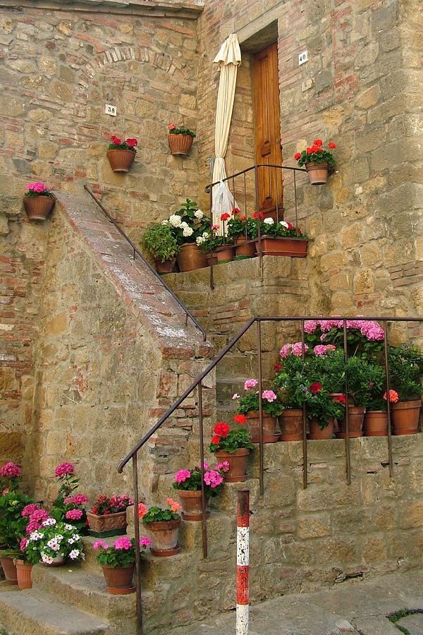 Tuscan Cottage Photograph