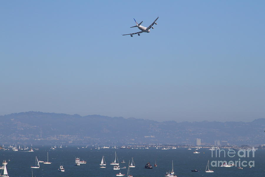 Transportation Photograph - United Airlines Boeing 747 Over The San Francisco Bay At Fleet Week . 7d7860 by Wingsdomain Art and Photography