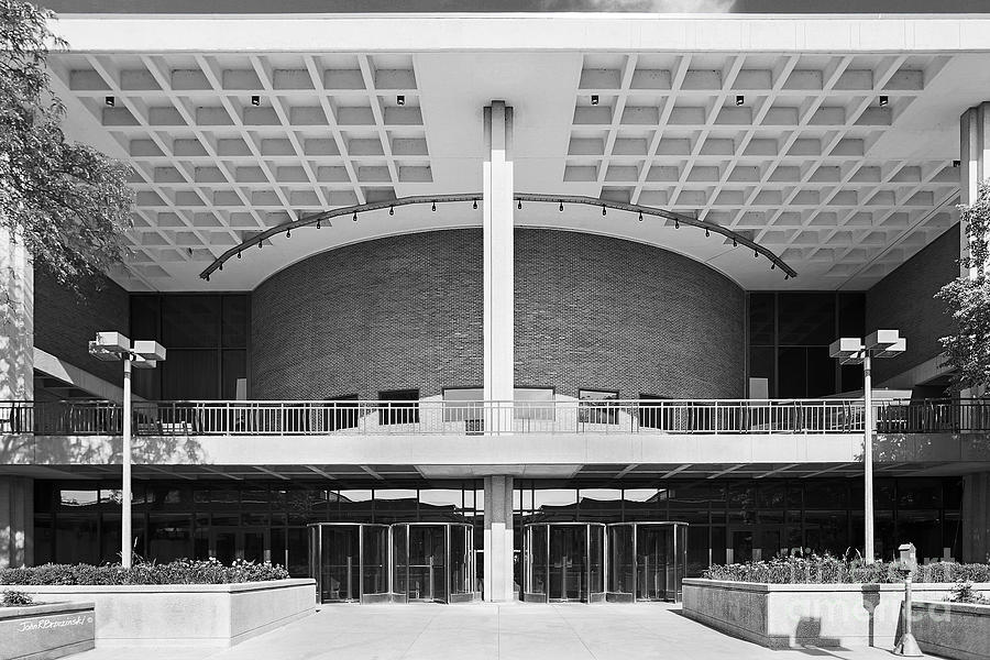 University Of Illinois At Chicago Student Center East Photograph