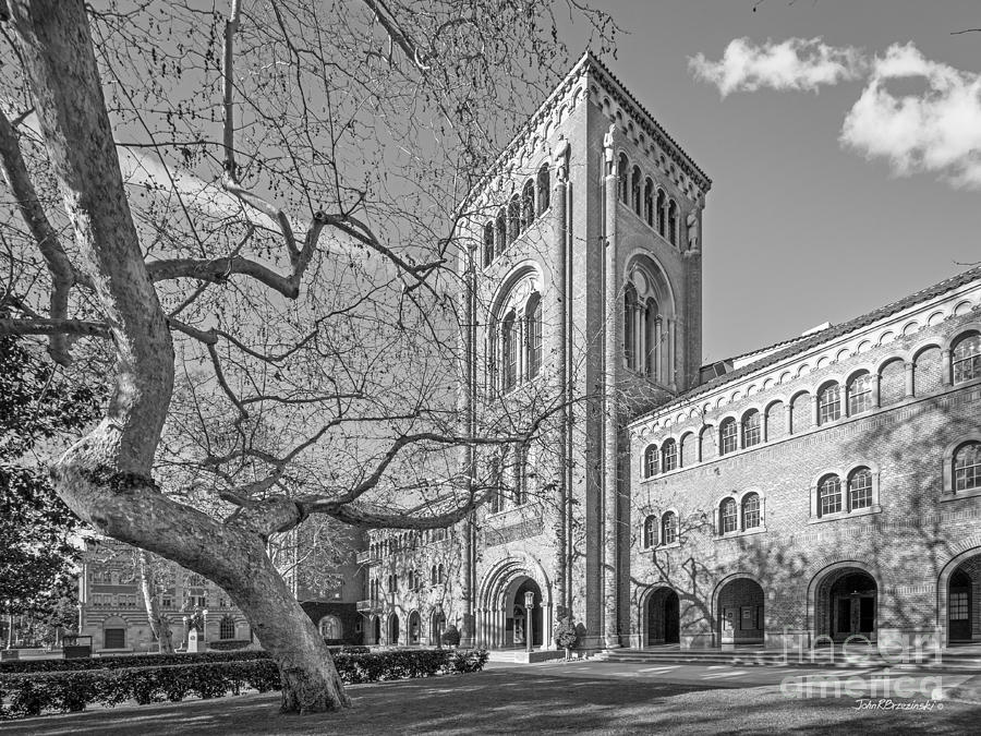Aau Photograph - University Of Southern California Administration Building by University Icons