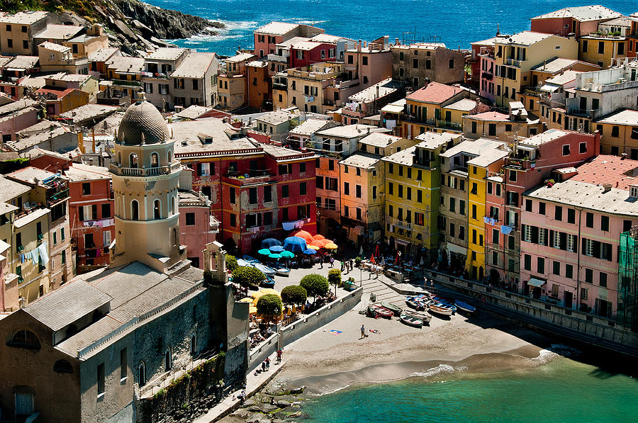 Ligurian Photograph - Venazza Cinque Terre Italy by Xavier Cardell