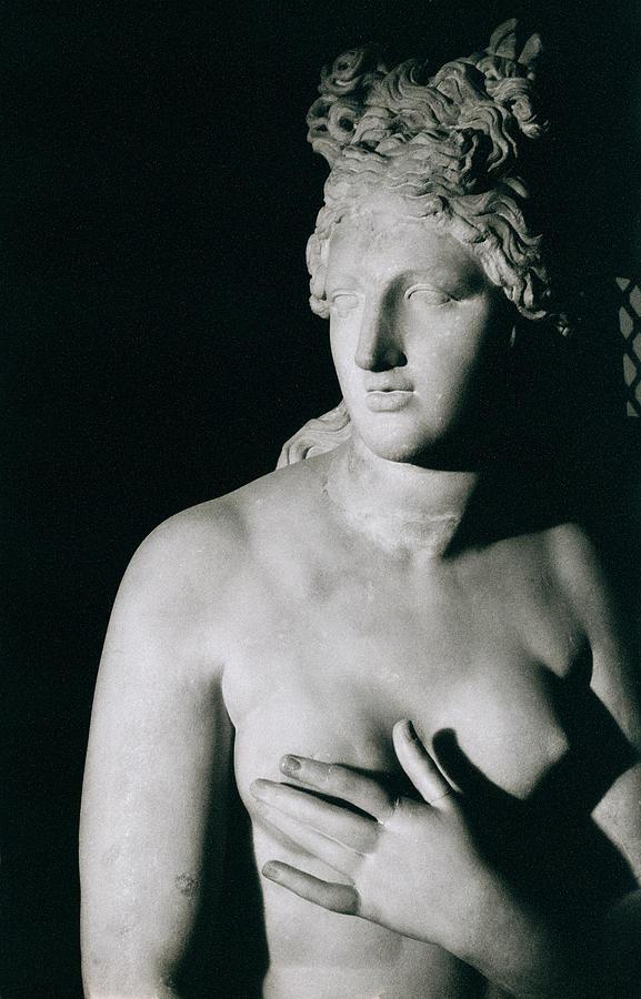 Venus Pudica (marble) Photograph - Venus Pudica  by Unknown