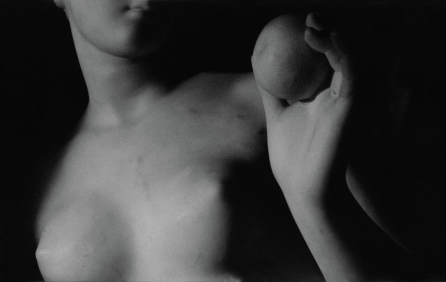 Venus With The Apple (marble) (detail) By Bertel Thorvaldsen (1770-1844) Photograph - Venus With The Apple by Bertel Thorvaldsen