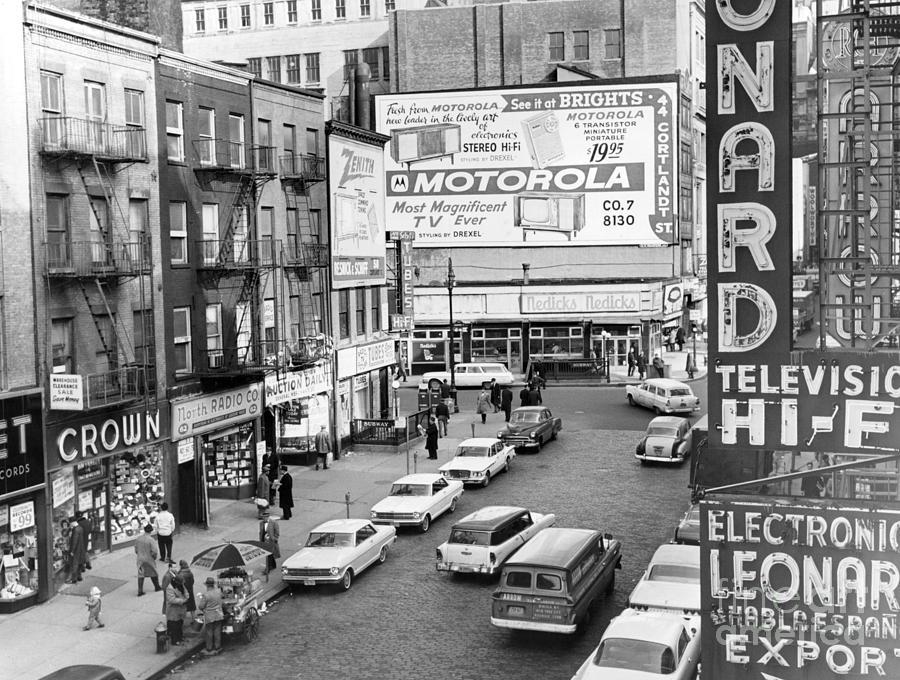 1962 MARCH TV RADIO MIRROR MAGAZINE: LENNON SISTERS, LORNE GREENE, JFK, J CARSON