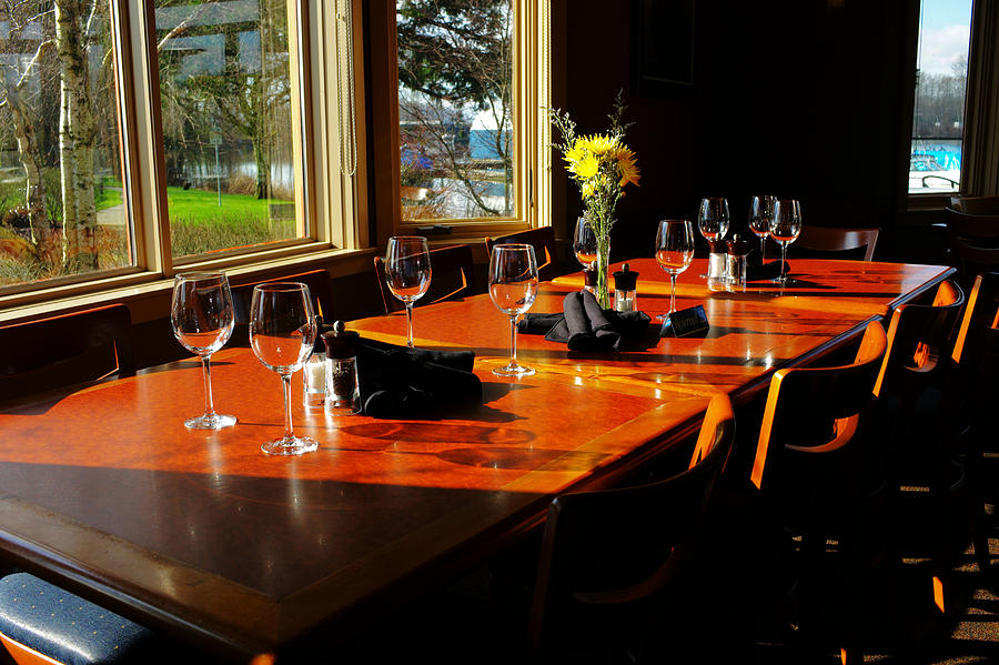 Restaurant Photograph - Waiting Table by Lawrence Christopher
