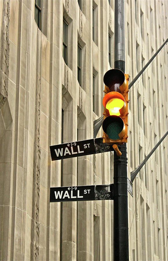 Vertical Photograph - Wall Street Traffic Light by Oonat
