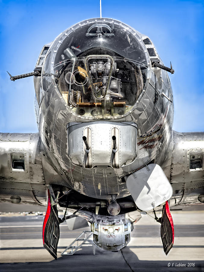 B17 Flying Fortress  History and Specs of Boeings WW2