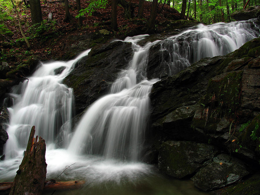 Waterfall Photograph - White Mountains Waterfall by Juergen Roth